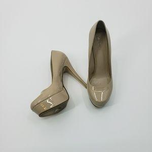 Aldo nude patent leather platform rounded heels